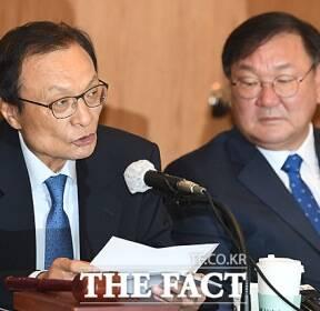 """[TF사진관] 이해찬, """"정의연 30년 활동 악용될 수 없어"""""""