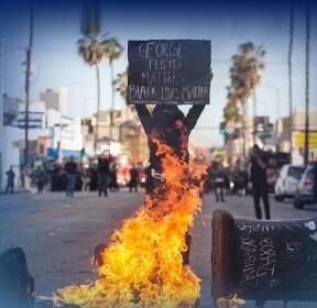 美 흑인 사망에 유혈사태 '악화일로'..약탈 · 방화는 왜?
