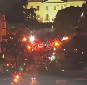 흑인 사인은 경찰 압력에 의한 '질식'..대규모 집회 가능성