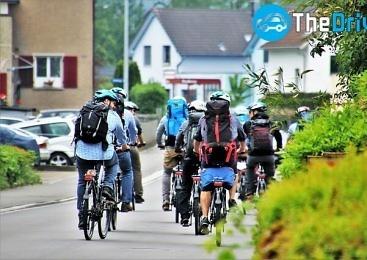 코로나 시대에 급증한 자전거 라이더를 위한 변명