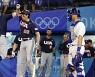 미국 야구대표팀, 이스라엘에 8대1 완승..내일 한국과 1위 싸움