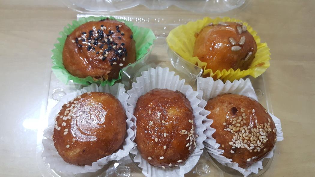 통영 명물 '꿀빵'