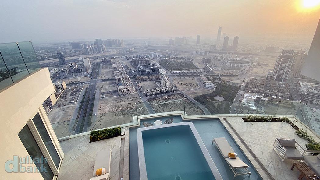 [두바이] 객실별 정원과 미니 풀장이 설치된 구조가 인상적인 호텔, 파이브 주메이라 빌리지