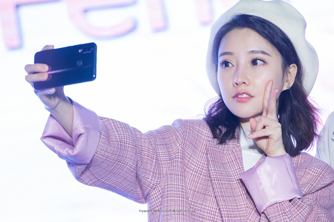 펑티모(冯提莫): 부산 팬미팅 & 미니콘서트
