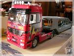 Italeri Mercedes Actros + AMT Haulaway Trailer