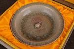 AE162. 도자기 반 - 여기저기 알튐 및 가마유가 보여짐 (231g)