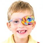 최신 안과 의학 논문 : 시력발달이 늦은 아이(약시)... 안경 끼는것, 가림 치료가 얼마나 중요할까요?