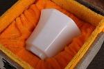 AH97. 도자기 배 -여기저기 알튐 및 가마유가 보여짐- (98g)