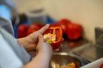 채식 고집하는 초등학생 딸이 다니는 스페인 초등학교의 급식 해결은?