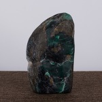 AE85. 수산석 원석 - 아안녹석(雅安碌 - 여기저기 갈라짐이 심함 (482g)
