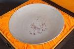AG93. 도자기 반 - 여기저기 알튐 및 가마유가 보여짐 - (500g)
