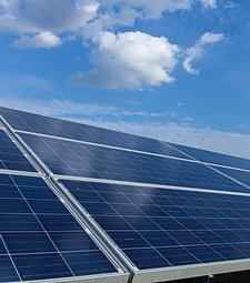 자원을 아끼고 환경도<br>보호하는 태양광 발전