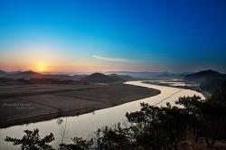 S라인 영산강의 일출...