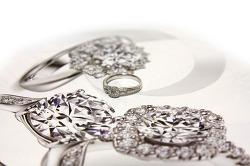 결혼예물 고르는 법, 이 정도는 알고 준비합시다! 예물가격비교
