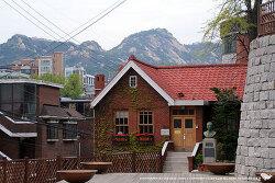 성곽 따라 걷는 여행 - 홍파동 홍난파 가옥