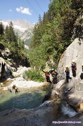 스위스 인터라켄에서 꼭 경험해봐야 하는 레포츠, 캐니어닝 (Canyoning) !
