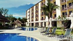 [푸켓 여행기] 개인수영장같은 이비스호텔 까따 수영장에서 한가롭게 수영하고 놀기