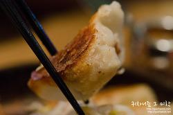 ▩홍대/합정▩ 진한 육수의 닭고기 라멘과 푸짐한 교자가 생각나. 하카타 텟펜
