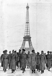 나치 점령하의 파리 모습들