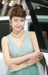 2011 Seoul Motor Show - 이현진