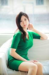 초록색 드레스가 잘 어울리는 그녀 MODEL: 연다빈 (8-PICS)