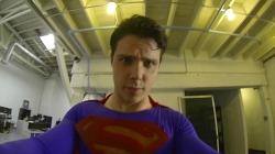 슈퍼히어로 슈퍼맨(Superman)이 1인칭 장착형 액션캠 고프로 히어로(GoPro Hero)를 쓴다면? Superman With a GoPro 영상.
