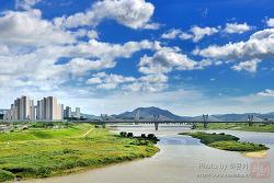 [세종시전경] 푸른 하늘 아래 고즈넉히 흐르는 금강
