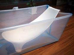 [출산준비, 아기용품] 좁은 욕실에서 사용하기 좋은 아기용 접이식 욕조, 스토케 플렉시바스 & 신생아서포트