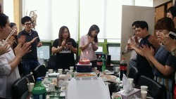 [Dartz] 기획·소셜팀 6월 육선미 팀장님과 조수정 사원님의 푸짐한 생일파티 현장 공개!