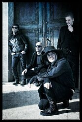Gothic Rock 밴드, Whispers in the shadow의 라이브 앨범 FREE 다운로드!