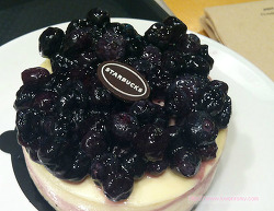 스타벅스 블루베리 치즈 케익 클라우드 치즈 케익