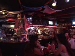 사이판 클럽 사이판 나이트 찾는분들 사이판 술집 갓파더가 있습니다
