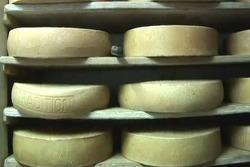 Switzerland Travel-Gruyere[스위스 여행-그뤼에르]중세 마을에서 만드는 '그뤼에르 치즈'/Medieval Village/Restaurant/Cellar