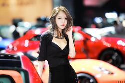 서울모터쇼 포르쉐의 레이싱모델 유진 님 (3-PICS)