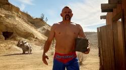 MMA UFC챔피언, 척 리델(Chuck Liddell)이 몸으로 증명하는 터프함 - 오토존 듀럴래스트 배터리(Autozone Duralast Battery) TV광고 'Walk the Walk'편 [한글자막]
