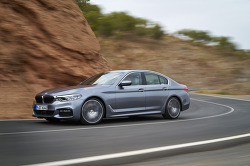 풀 체인지 BMW 5 시리즈 세단
