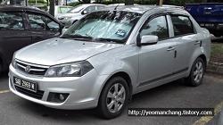 말레이시아(사바) 거리의 자동차