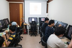 장애인 복지관 최초로 웹툰 클래스 개설한 충현복지관