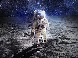 인류의 달 착륙 50주년 기념, 달과 우주를 소재로 한 광고
