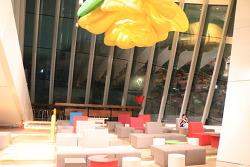 [제주도 여행] 원색의 세련된 신화월드 신상 제주 GD카페
