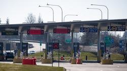 캐나다-미국 국경폐쇄 11월21일까지 또 한달 연장