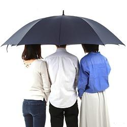 우산을 씌여준 일본인 (Feat. 동안)