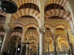 """모스크 안의 대성당, 스페인 코르도바(Córdoba)의 """"메스키타(Mezquita)"""""""