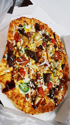 맛있는 새로운 피자 맛있다