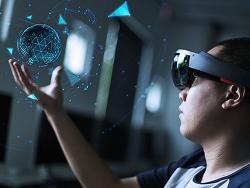 가상현실로 만나는 철도산업! 4차 산업혁명 시대 VR과 AR 기술의 활용성