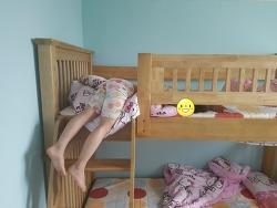 2층 침대의 안 좋은 예)