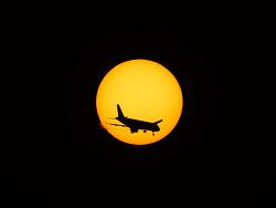 태양 속 비행기  촬영 방법