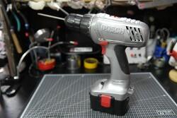 [DIY] 보쉬 BOSCH 14.4V 전동드릴 도색 리폼, 기어뭉치 청소 수리 및 리튬이온으로 배터리 리필