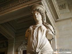 루브르 박물관 유명작품 : 그리스 신화속의 여신조각 - 아르테미스, 헤르마프로티토스, 삼미신, 프시케