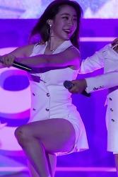 [꽁짤] 고음의 원동력은 허벅지가 확실한 우주소녀 연정 움짤